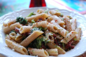 Sundried Tomato and Broccoli Pasta