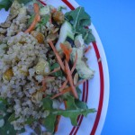 Protein-Rich Salad With Quinoa and Garbanzo Beans