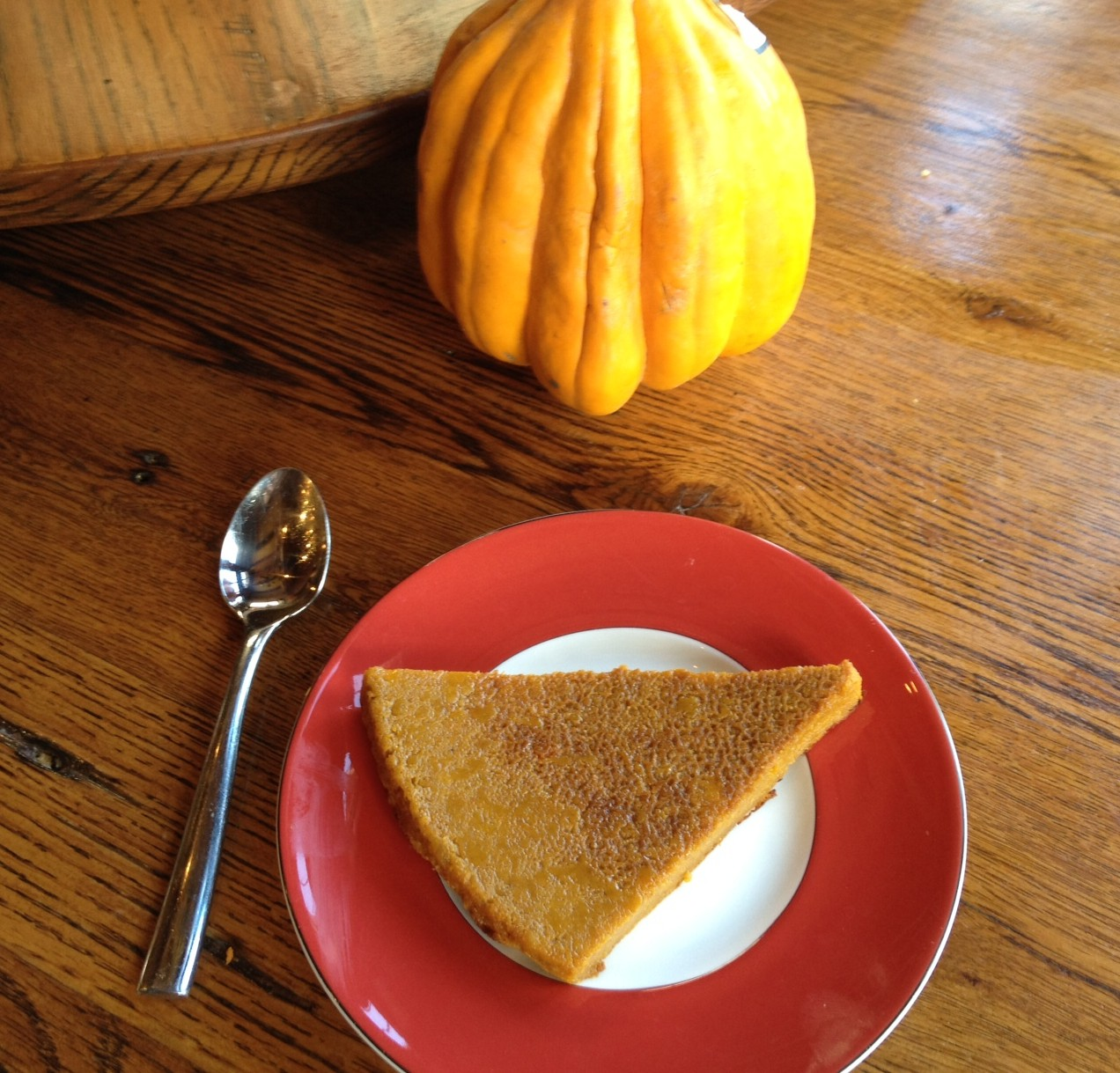 Gluten free and vegan crustless pumpkin pie- quick to make