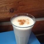 Gingerbread breakfast smoothie, vegan and healthy