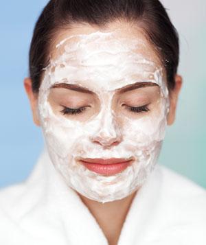 Watch DIY Almond And Honey Face Scrub video