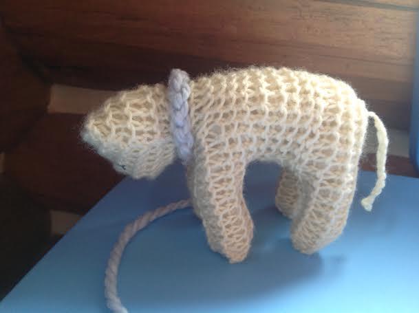 Plymouth Yarns Free Knitting Patterns : Waldorf Knit Lamb Pattern Healthy Mama Info