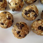 Oatmeal Chocolate Chip Snack Balls