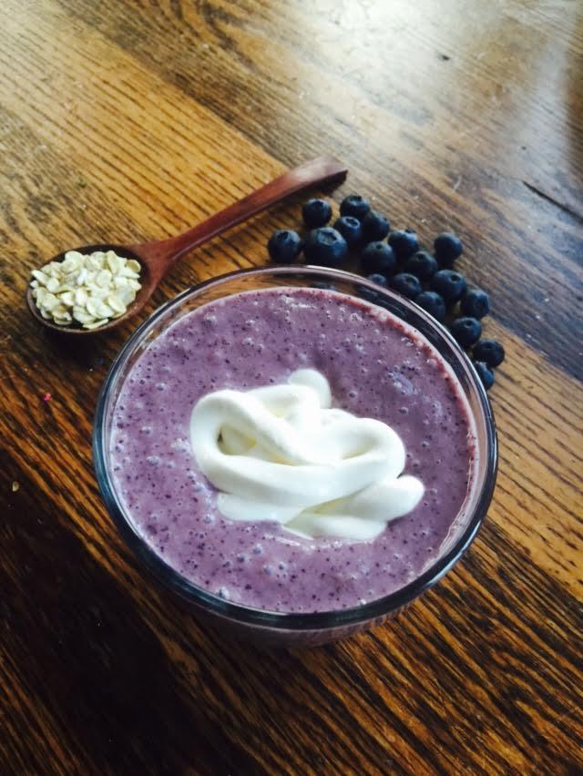 berry-breakfast-smoothie