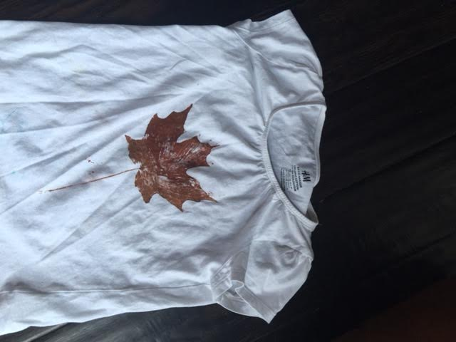 t-shirt-with-fall-leaf-print
