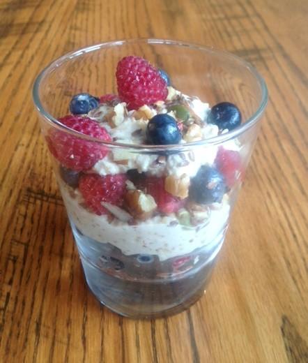 Raw vegan healthy breakfast parfait healthy mama info forumfinder Choice Image